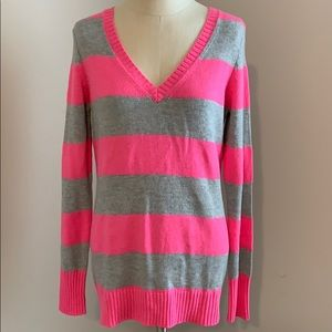 NWOT striped v neck sweater